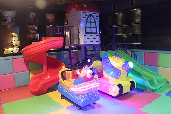 加盟儿童乐园怎么选择淘气堡和其他游乐场设备?