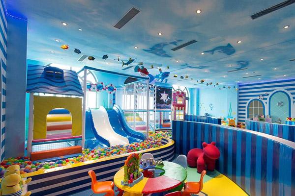 儿童乐园设备的日常保养维护方式