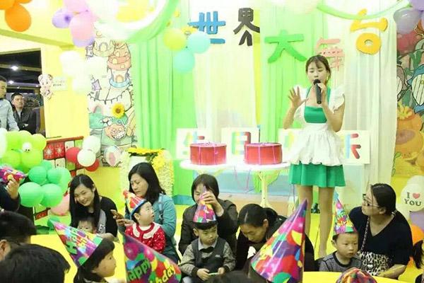 在大型商场开一家儿童乐园有哪些好处?