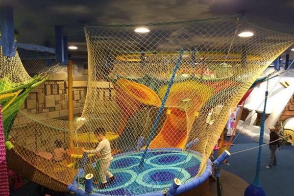 开儿童乐园加盟店必需要做到以下两点准备!